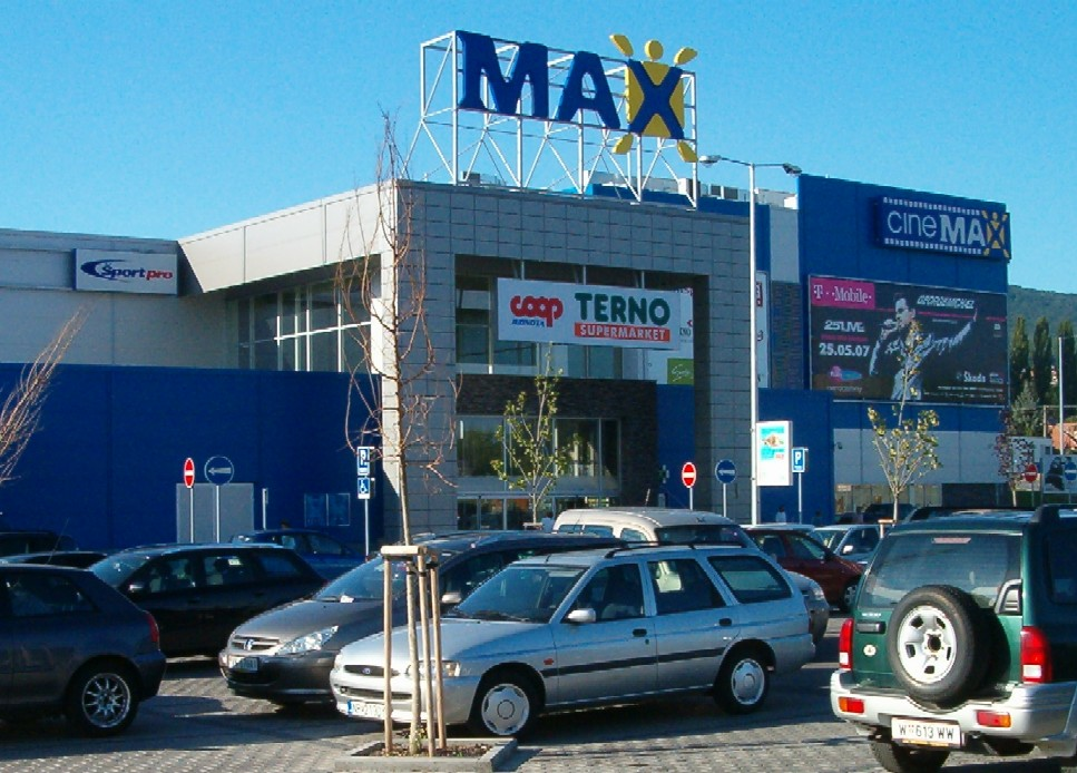 V ZOC MAX otvárajú nové prevádzky - Kam v meste  33dc0b85c4d